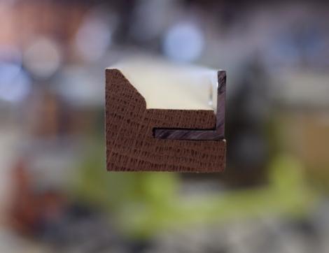 Oak Indirect light bar and mounting angle profile